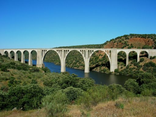 Ruta Verde de la Jara, puente