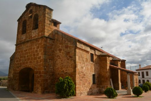 Iglesia parroquial de San Bartolomé apostol, exterior