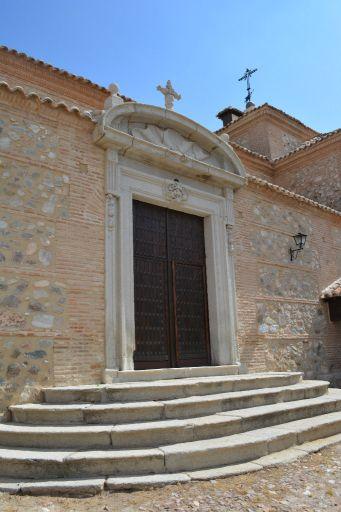 Ermita de la Virgen de la Oliva, puerta