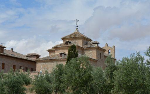 Ermita de la Virgen de la Oliva, exterior