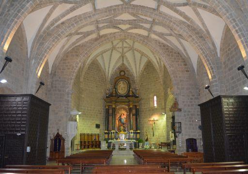 Iglesia parroquial de San Cristóbal, interior (1)