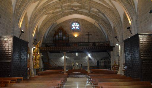 Iglesia parroquial de San Cristóbal, interior (2)