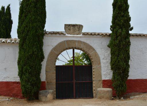 Casa Medrano, puerta gótica