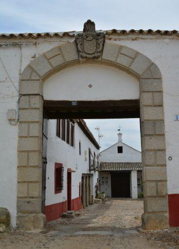 Casa Medrano, puerta
