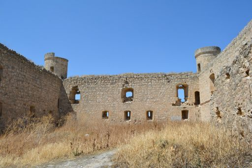 Castillo, interior