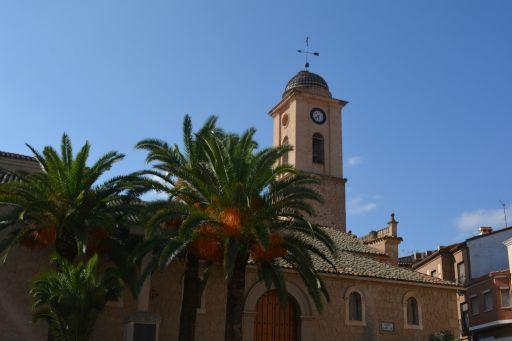 Iglesia parroquial de San Andrés Apostol, exterior