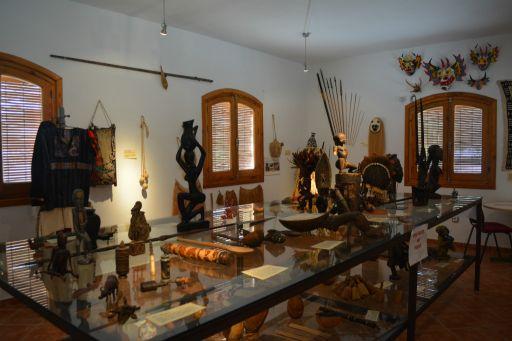Museo etnológico, Otros mundos (2)