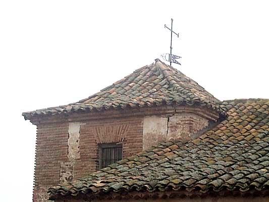 Iglesia, la antigua torre