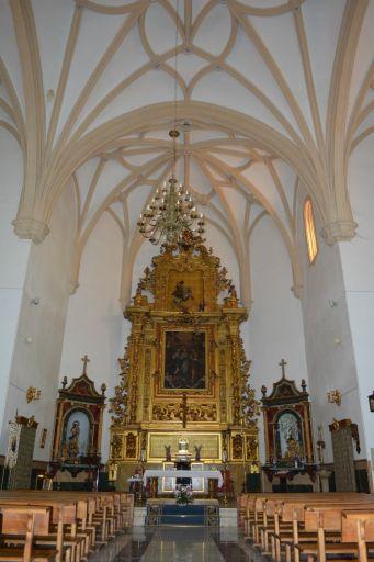 Iglesia parroquial de la Inmaculada Concepción, altar