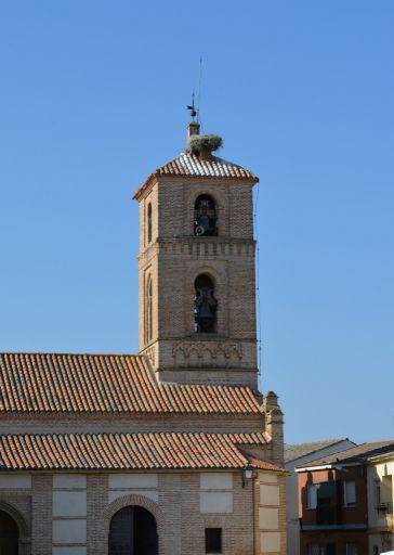 Iglesia parroquial de San Miguel Arcángel, torre
