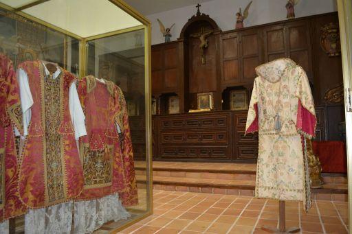 Iglesia parroquial de Santa María, archivo y museo