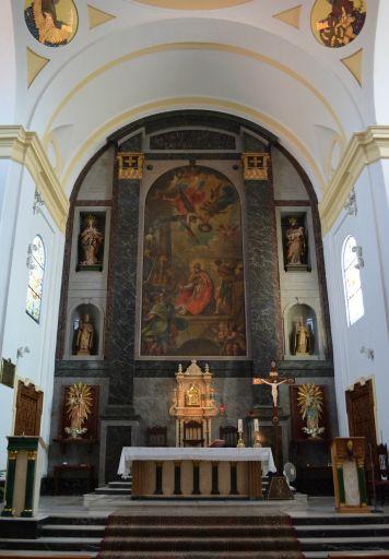 Iglesia parroquial de San Cipriano, altar