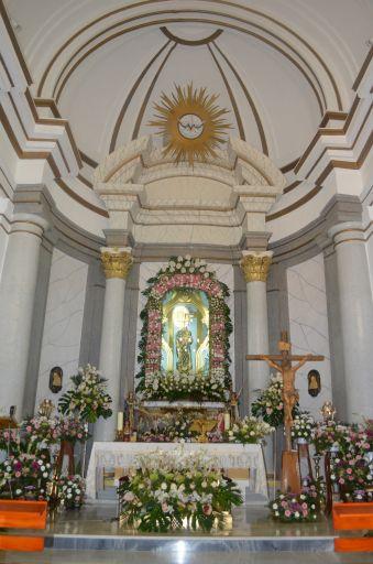 Ermita de la Virgen del Rosario, interior