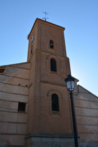 Iglesia parroquial de Santiago el Mayor, torre
