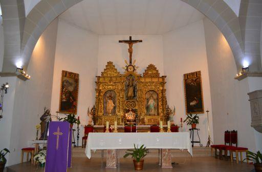 Iglesia parroquial de San Ildefonso, altar