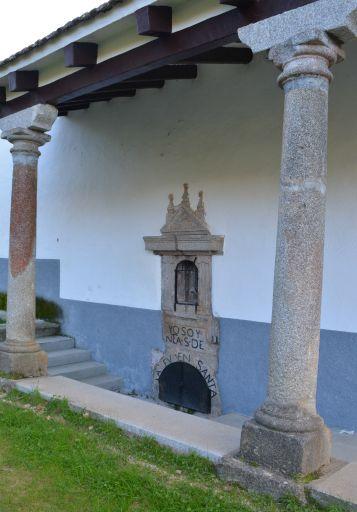 Ermita de la Fuente Santa, fuente