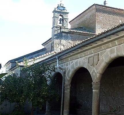 Iglesia parroquial de El Salvador, patio interior