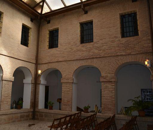 Convento de San Francisco, patio