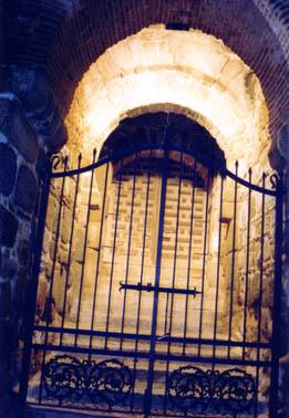 Puerta, vista nocturna