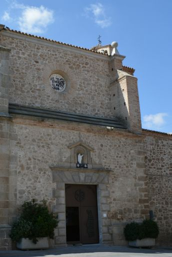 Iglesia de parroquial de Santa María Magdalena, entrada