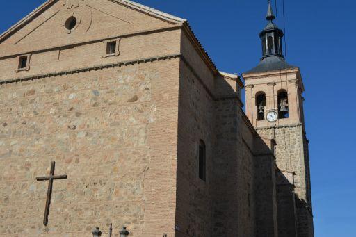 Iglesia Parroquial de Nuestra Señora de Altagracia, exterior