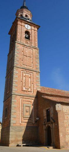 Iglesia parroquial de Nuestra Señora de la Antigua,torre (b)