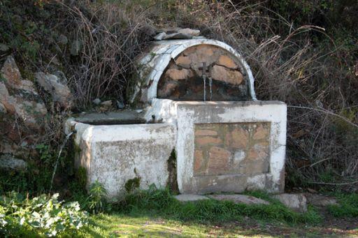 Fuente La Canaleja