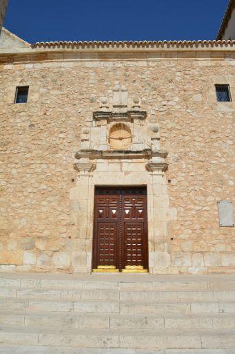 Iglesia parroquial de Santiago Apóstol, pórtico