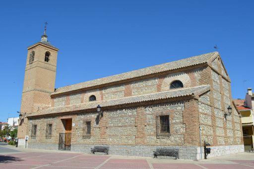Iglesia parroquial de Nuestra Señora de la Asunción, lateral