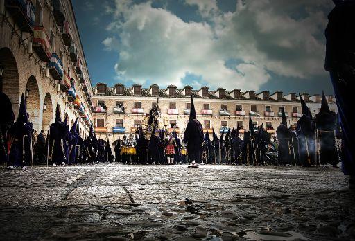 Semana Santa, caidas en la Plaza Mayor