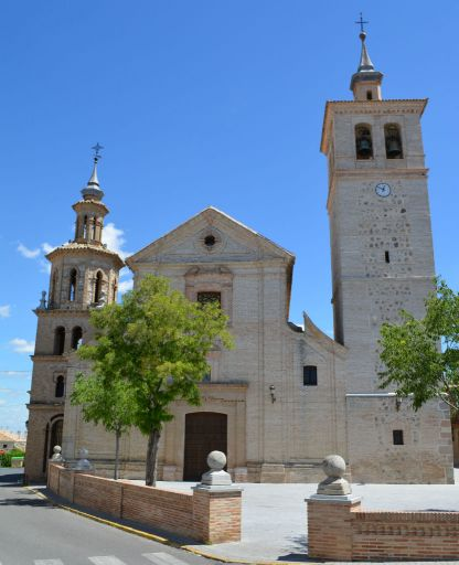 Iglesia parroquial San Pedro Apóstol