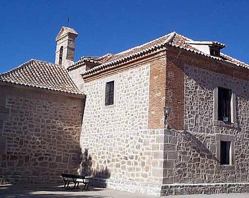Ermita de la Virgen del Socorro, lateral