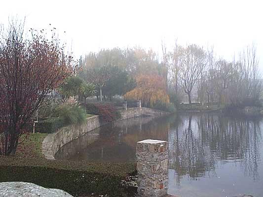 Ermita de las Peñitas, estanque del Parque Municipal