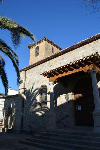 Iglesia parroquial de Nuestra Señora de la Luz, torre y fachada
