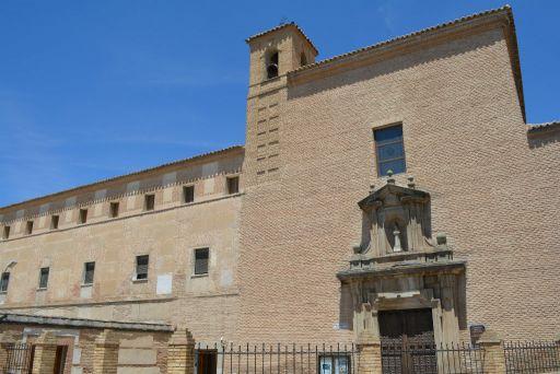 Convento de los Padres Franciscanos (b)