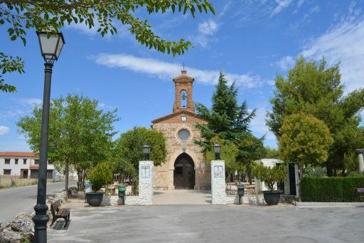 Ermita de la Virgen de la Piedad, entorno