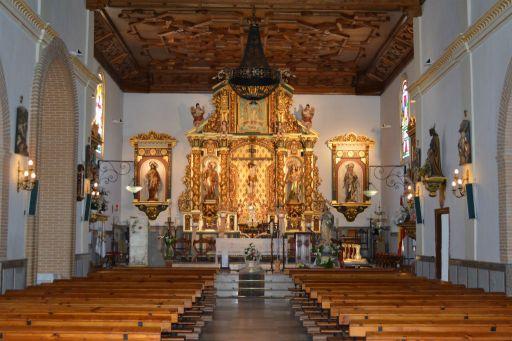 Iglesia parroquial de San Pedro Apóstol, interior