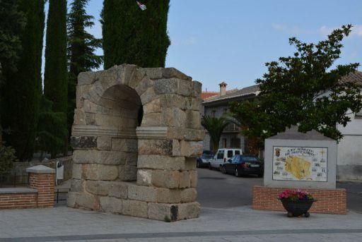 Arco de la plaza