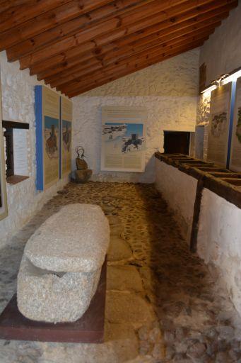 Ermita de Santa María de Melque, centro de interpretación (2)