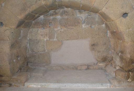 Ermita de Santa María de Melque, enterramiento