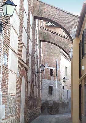 Convento de las Madres Bernardas, arcos
