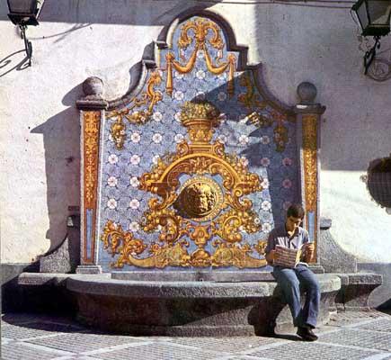 Fuente  de cerámica