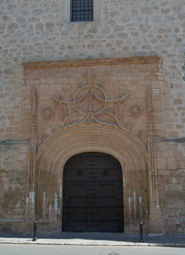 Iglesia parroquial de la Asunción, pórtico