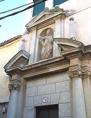Portada Iglesia San Torcuato