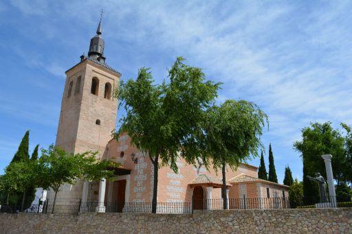 Iglesia parroquial de San Juan Bautista, Exterior