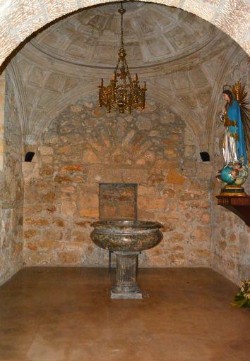 Iglesia parroquial de Nuestra Señora de la Asunción, capilla del bautismo