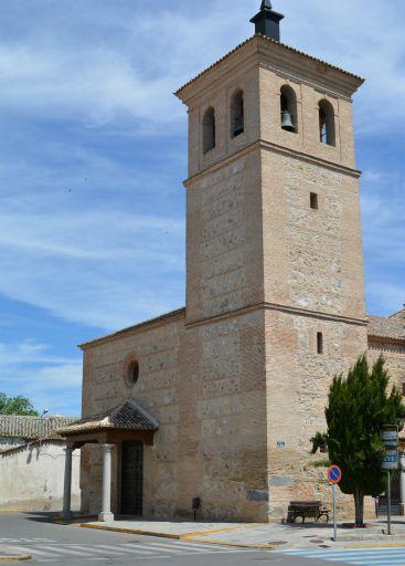 Iglesia parroquial de San Andrés, frontal