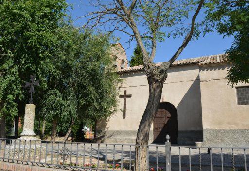 Iglesia parroquial de Nuestra Señora de la Redonda, lateral