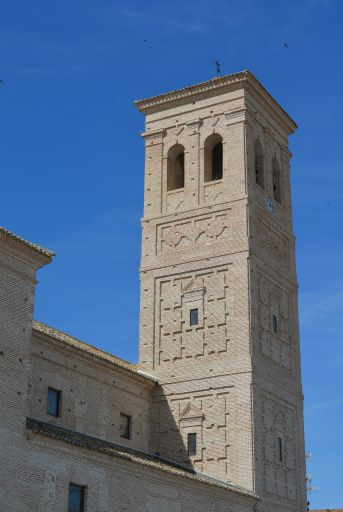 Iglesia parroquial de Santa Leocadia, torre