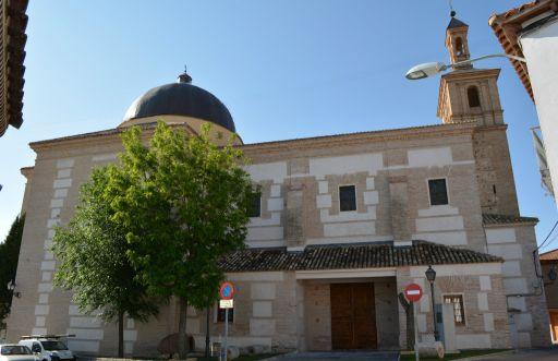 Iglesia parroquial de Santa María Magdalena, exterior